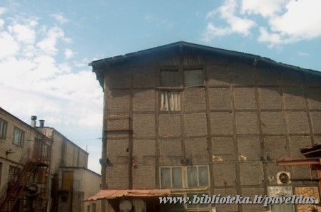 Complex of warehouses ( 7 Artoju St. ) 2002.